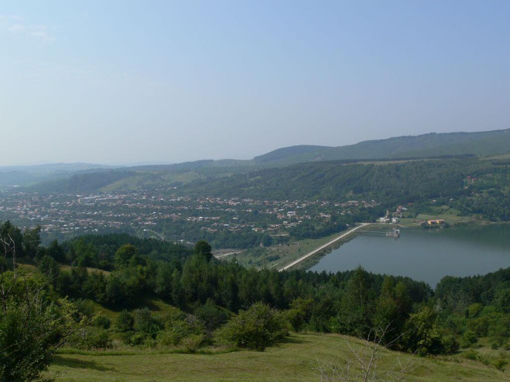 Comuna și lacul de acumulare Măneciu